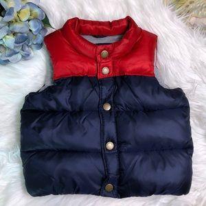 Gap Baby puffer vest 12-18months